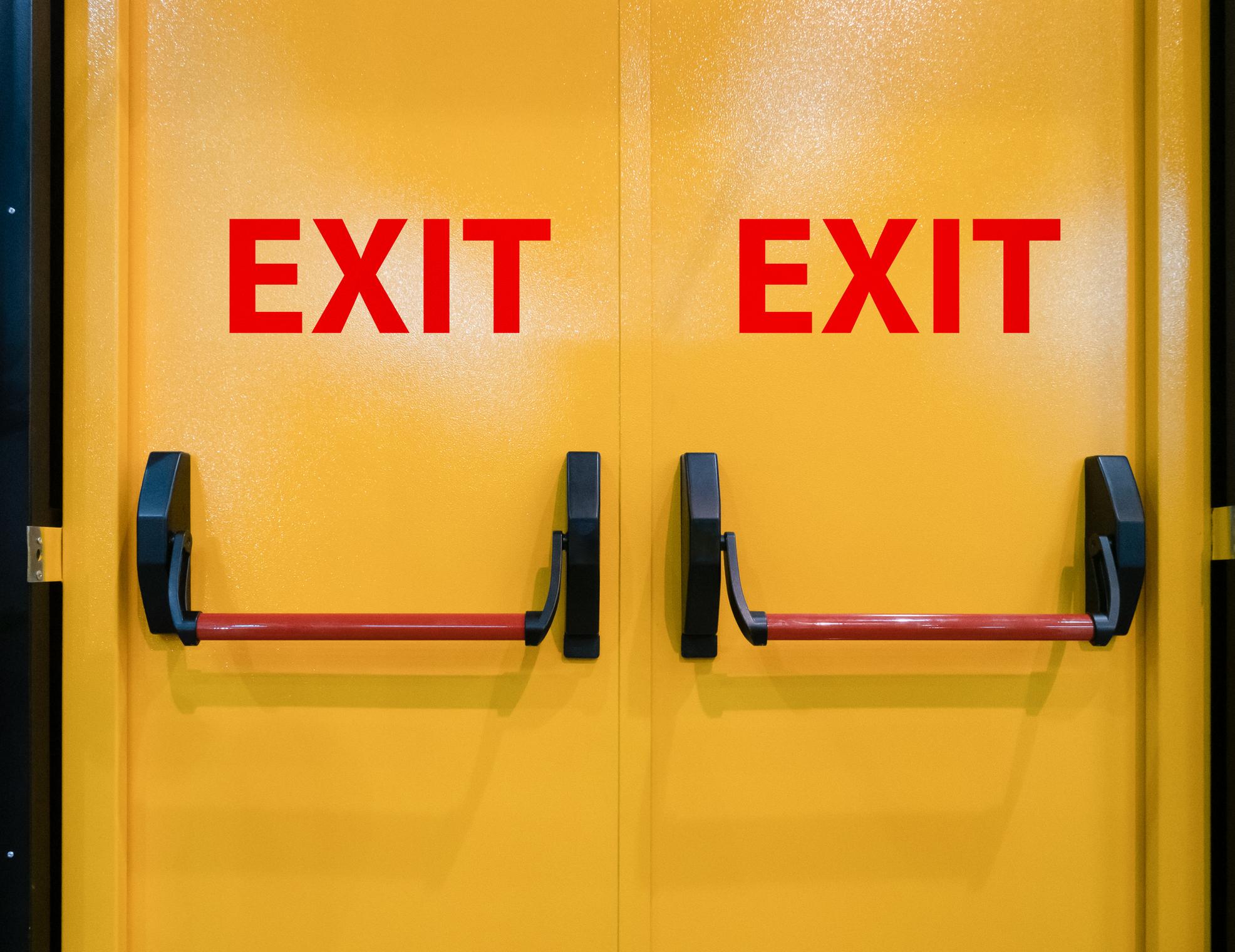 La importancia de las cerraduras y barras antipático
