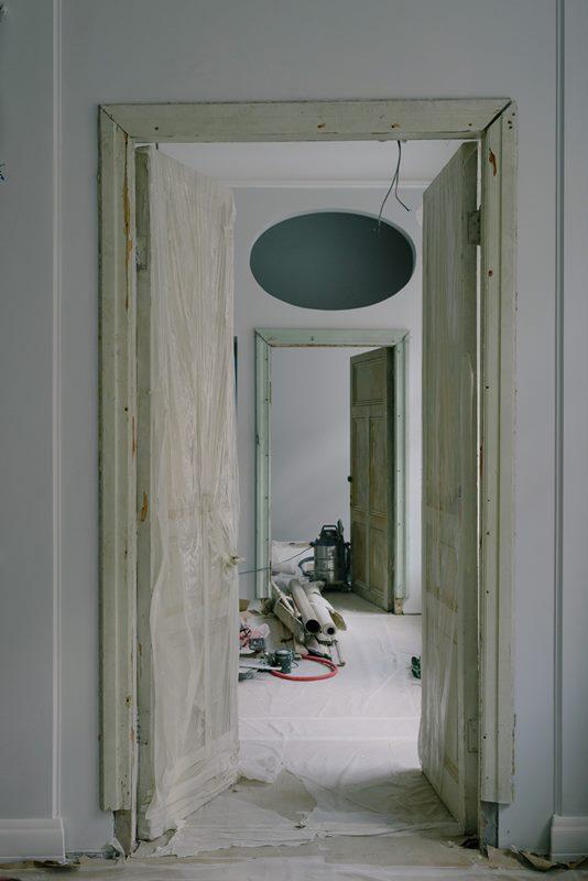 instalar puerta